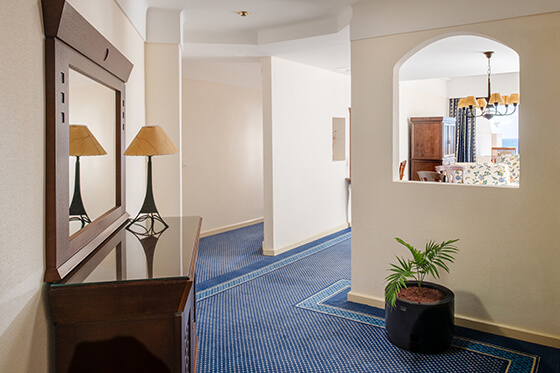 chamber suite cama hotel grand teguise playa