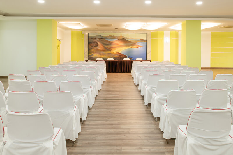 business servicios grand hotel teguise playa